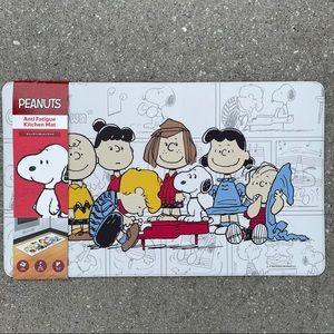 🥜 Peanuts Snoopy Squad Anti Fatigue Kitchen Mat